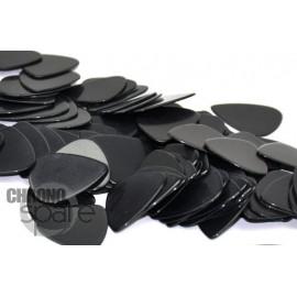 Outil plastique type mediator
